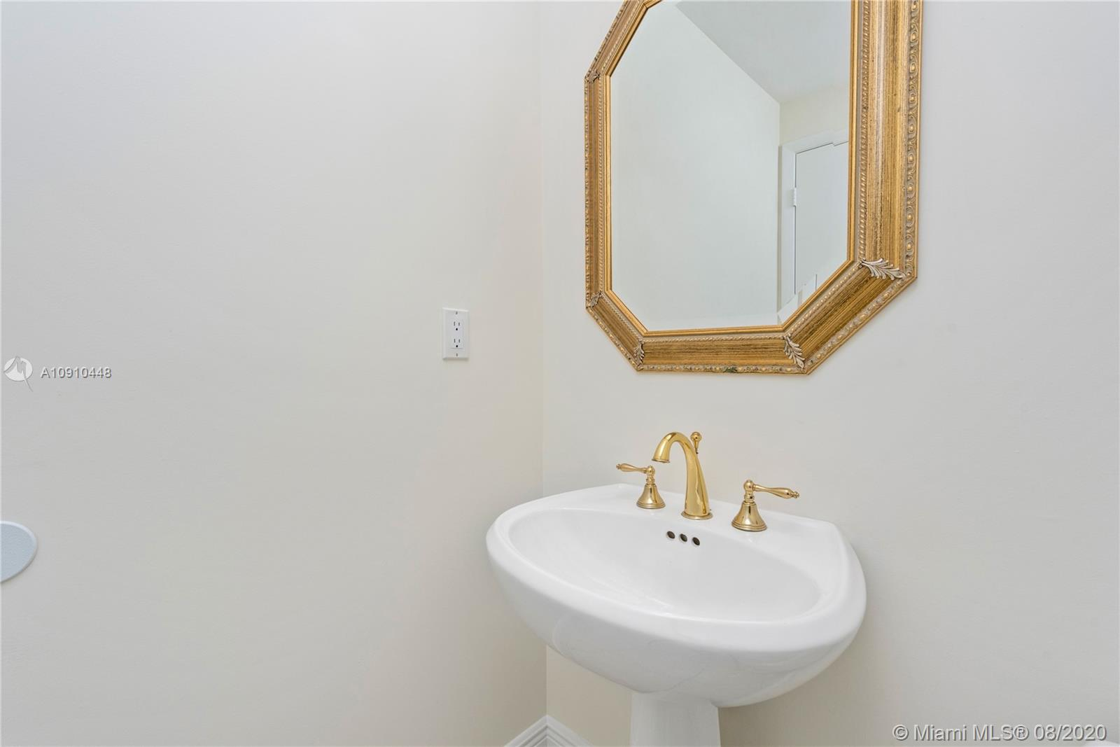 Photo of 300 S Pointe Dr #1801 listing for Sale