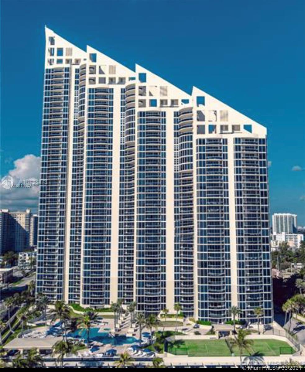 Pinnacle #1004 - 17555 Collins Ave #1004, Sunny Isles Beach, FL 33160