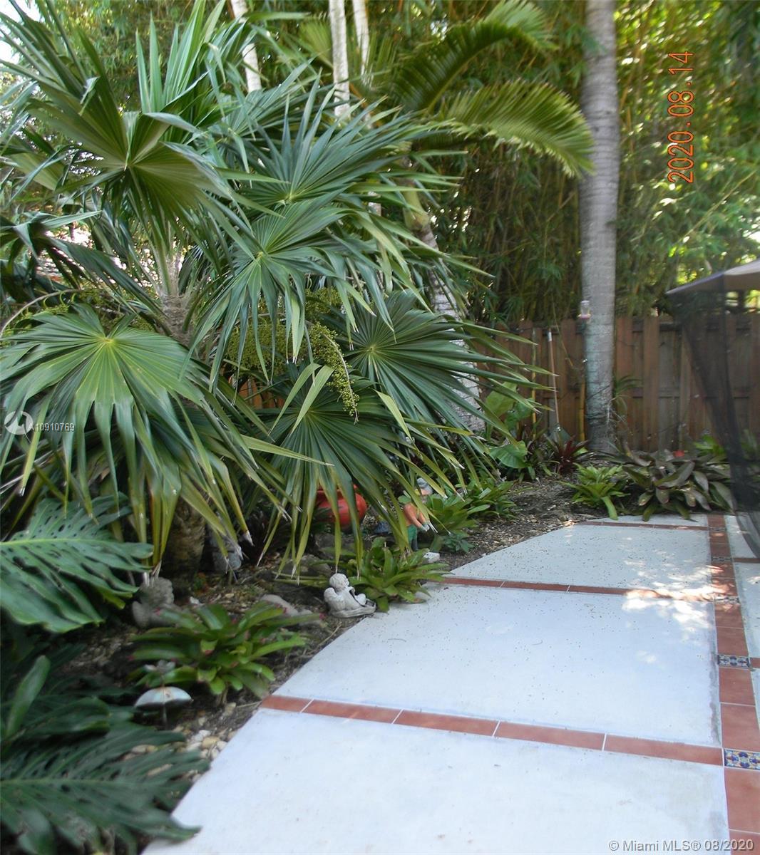 Photo - 9050 SW 162nd St, Palmetto Bay FL 33157