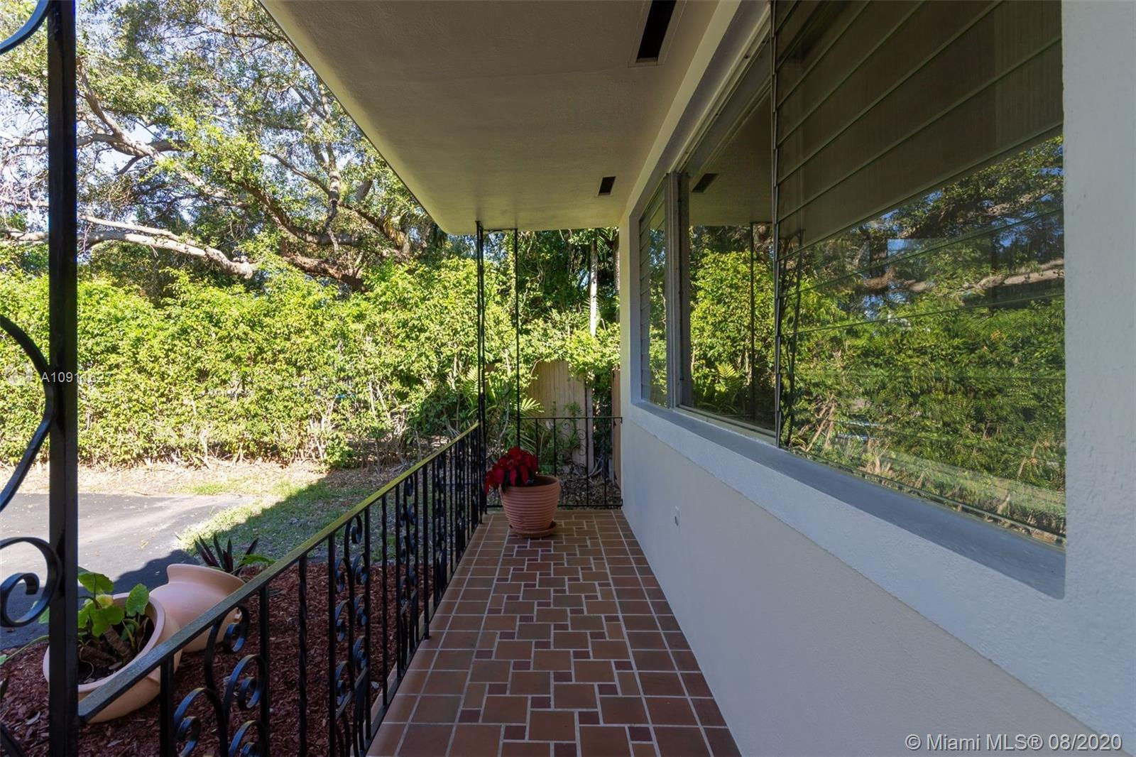 9351 NE 12th Ave, Miami Shores, Florida 33138, 5 Bedrooms Bedrooms, ,4 BathroomsBathrooms,Residential,For Sale,9351 NE 12th Ave,A10911627