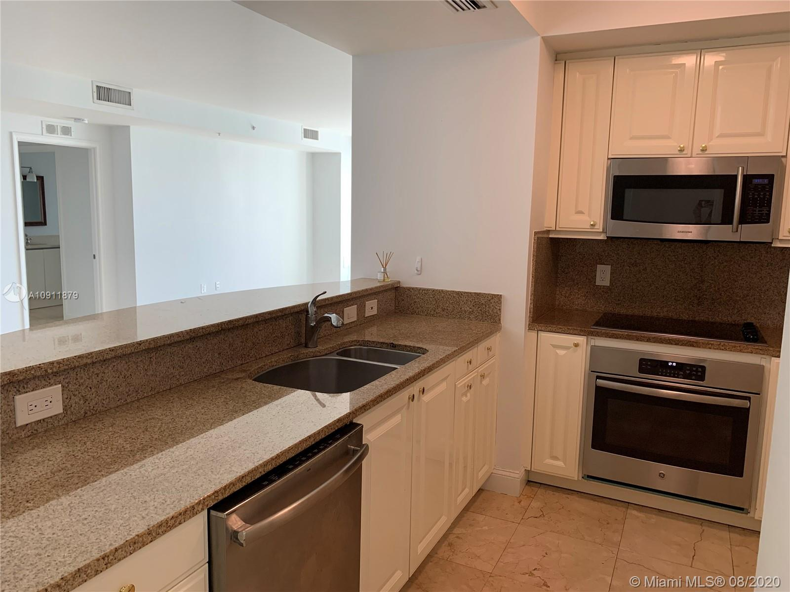 3400 SW 27th Ave #705 photo013