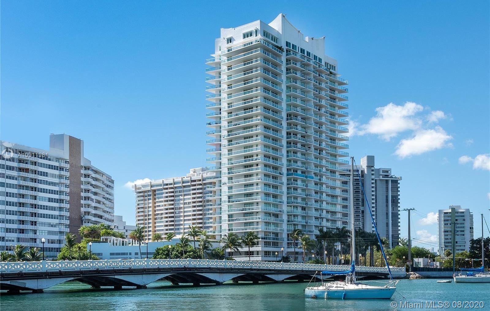 Grand Venetian #1005 - 10 Venetian Way #1005, Miami Beach, FL 33139
