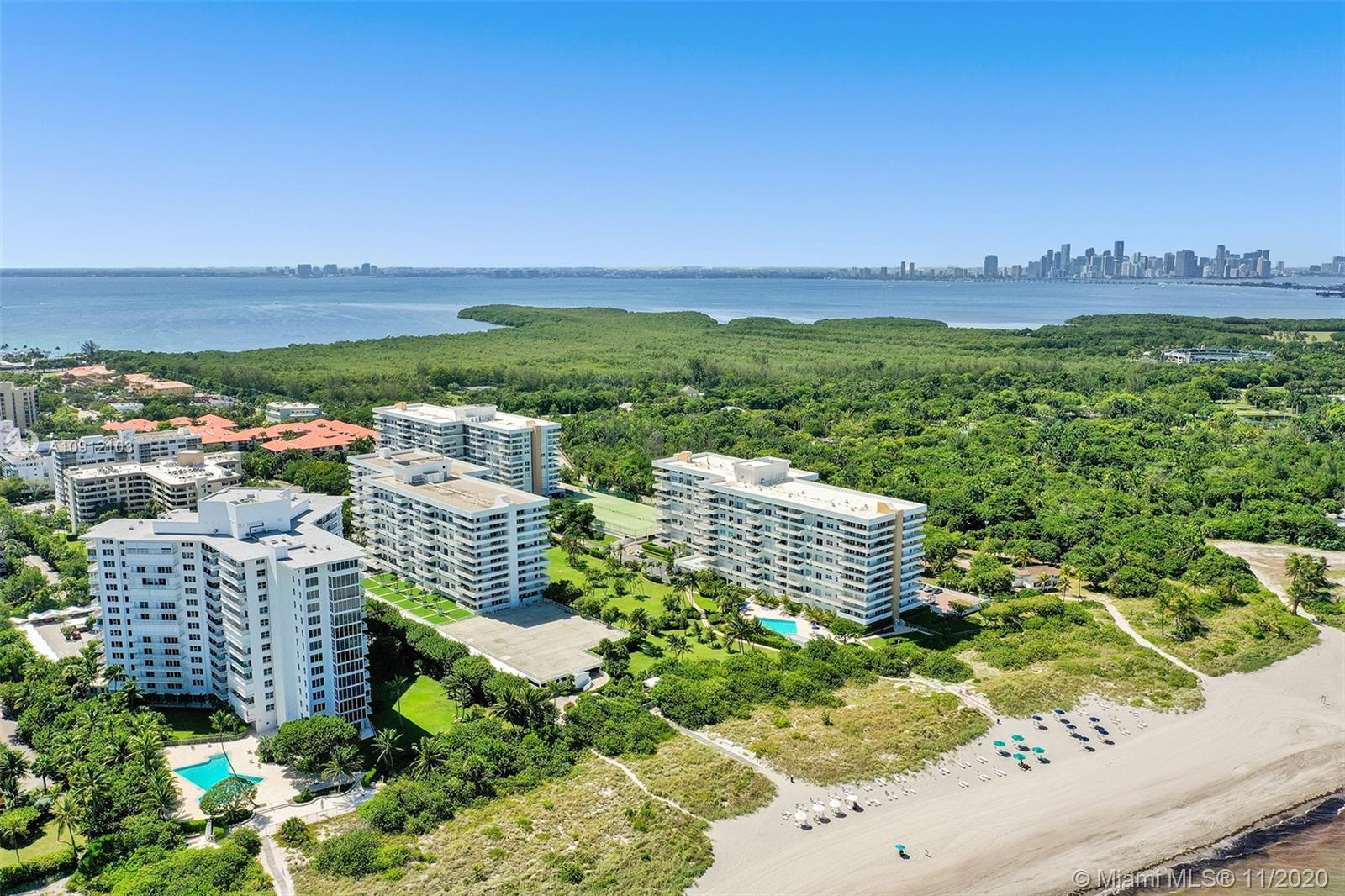 Commodore Club East #203 - 177 Ocean Lane Dr #203, Key Biscayne, FL 33149