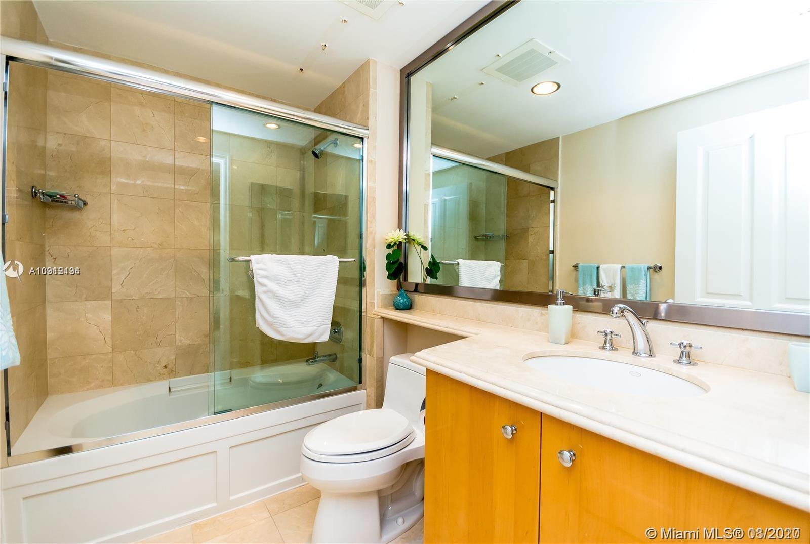 17875 Collins Ave #1606 photo057