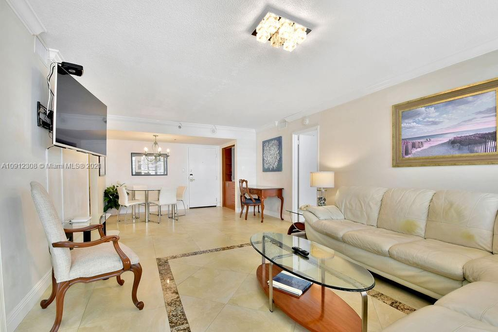 5225 Collins Ave #914 photo016