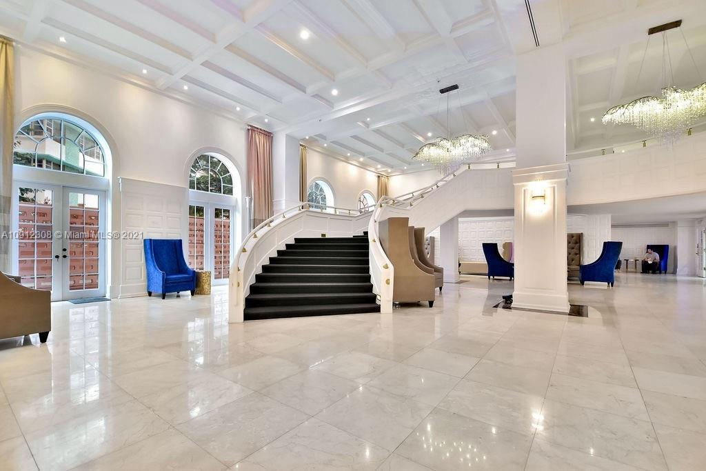 5225 Collins Ave #914 photo011