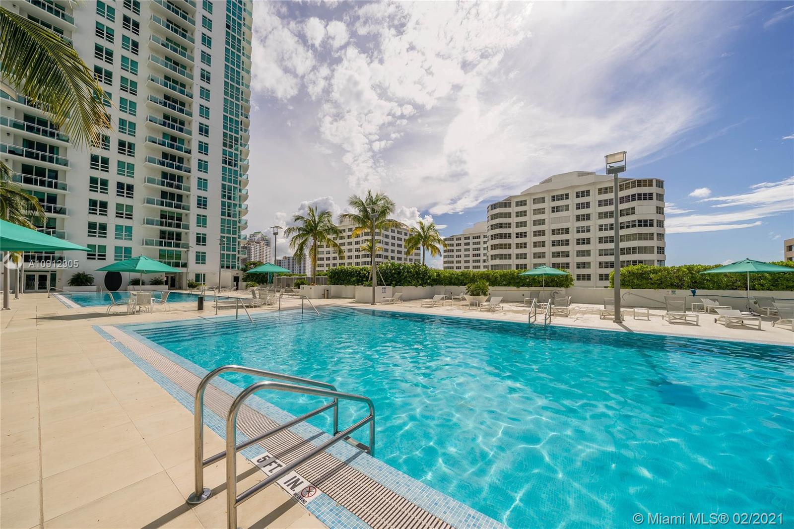 Photo of 951 Brickell Ave #3901 listing for Sale