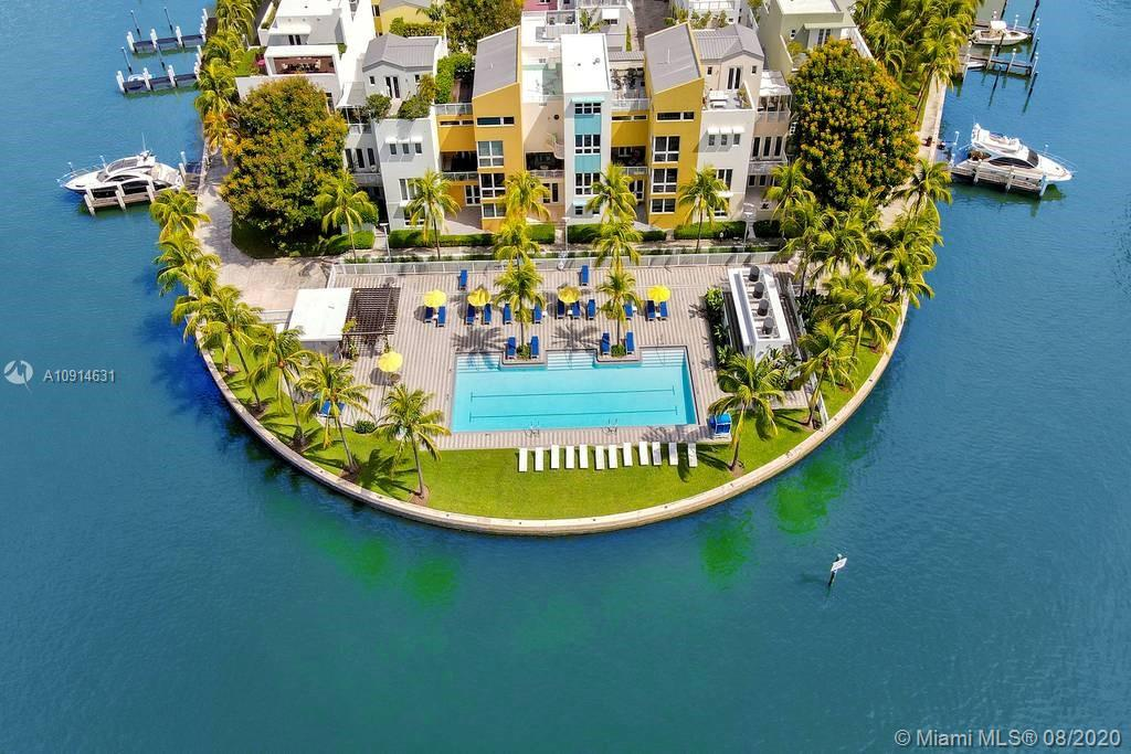 Photo of Aqua Island Gorlin Apt 201 that clicks through to the property detail page