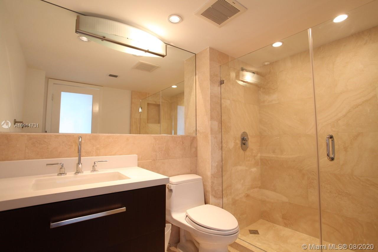 400 S Pointe Dr #1408 photo09