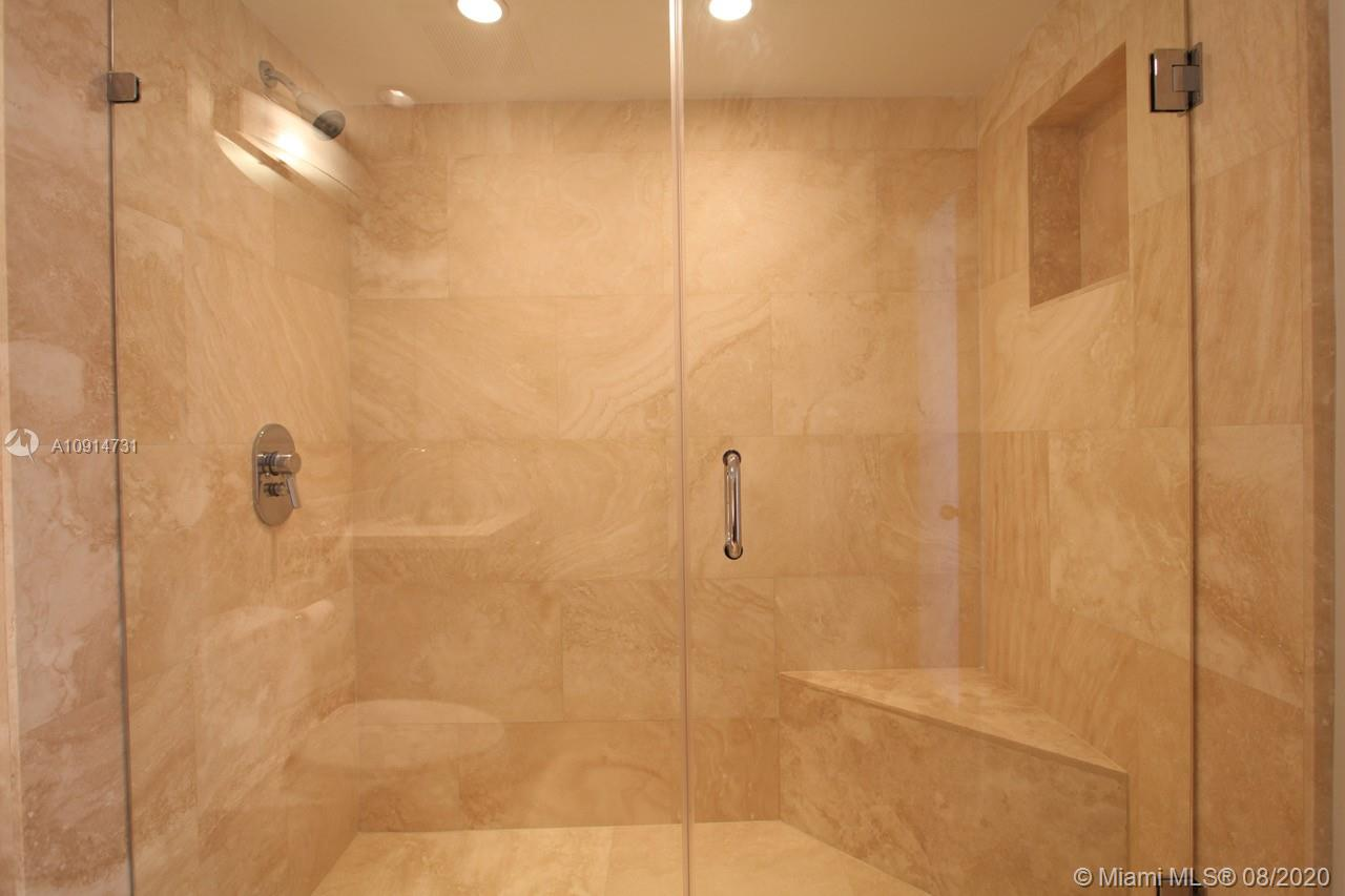 400 S Pointe Dr #1408 photo010