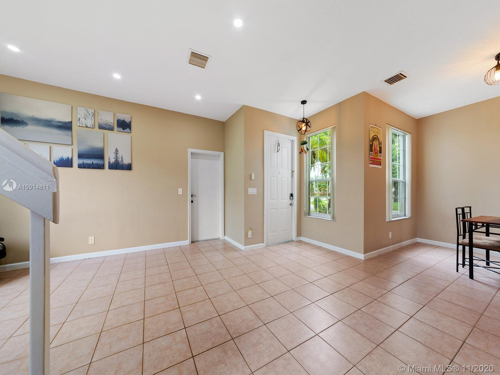 2094 SW 158th Ave photo017