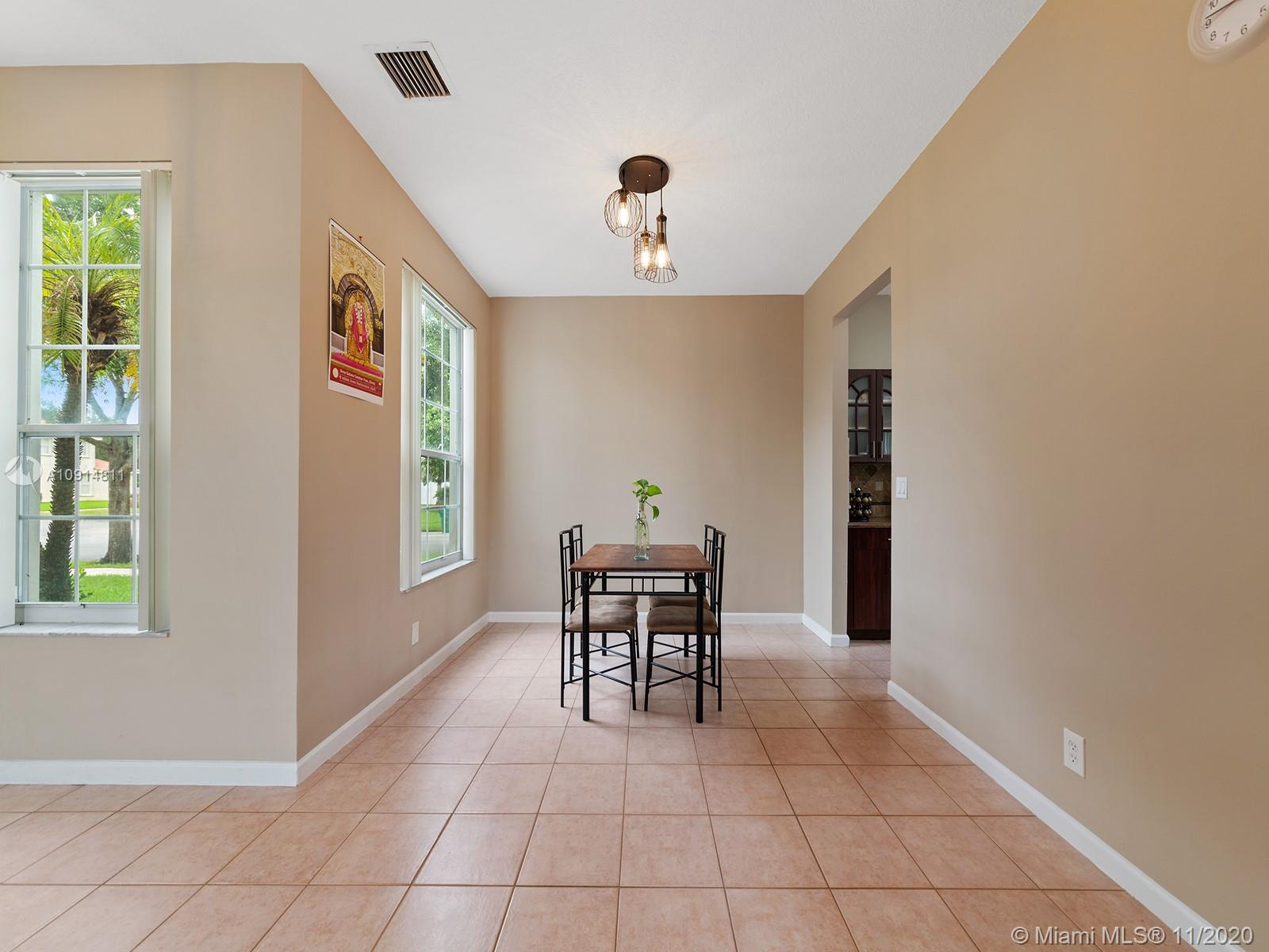 2094 SW 158th Ave photo018