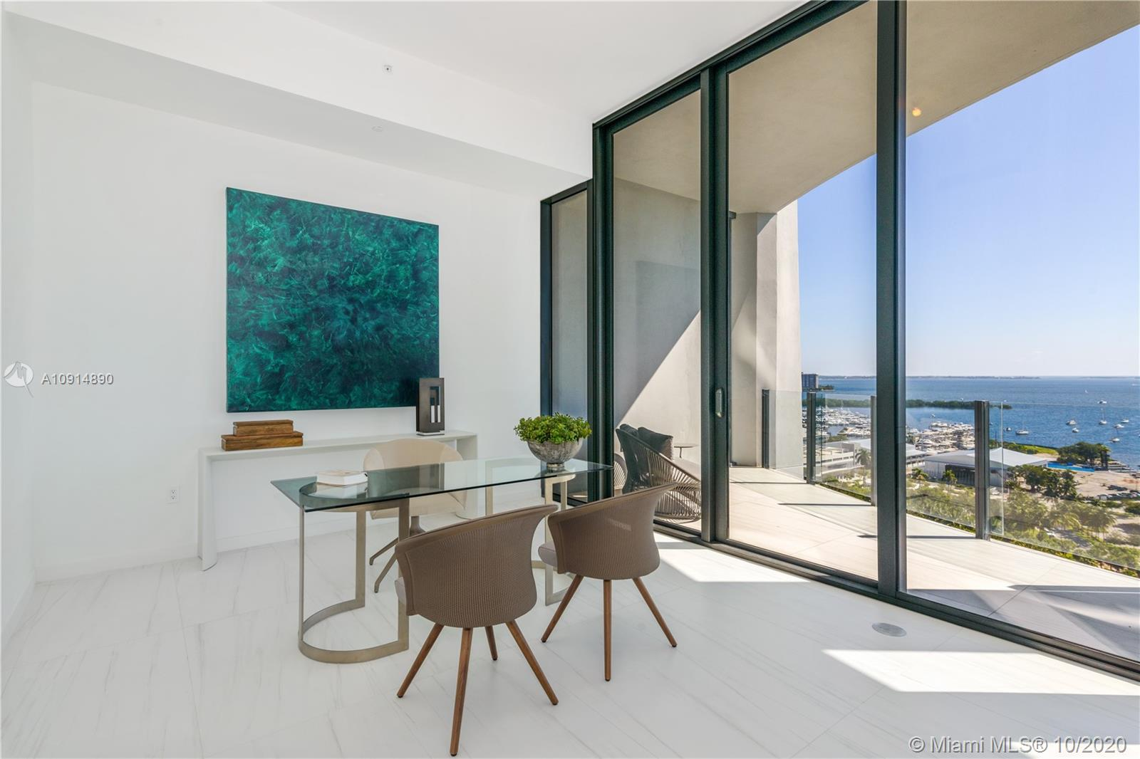 Photo of 2811 S BAYSHORE DR #16BC listing for Sale