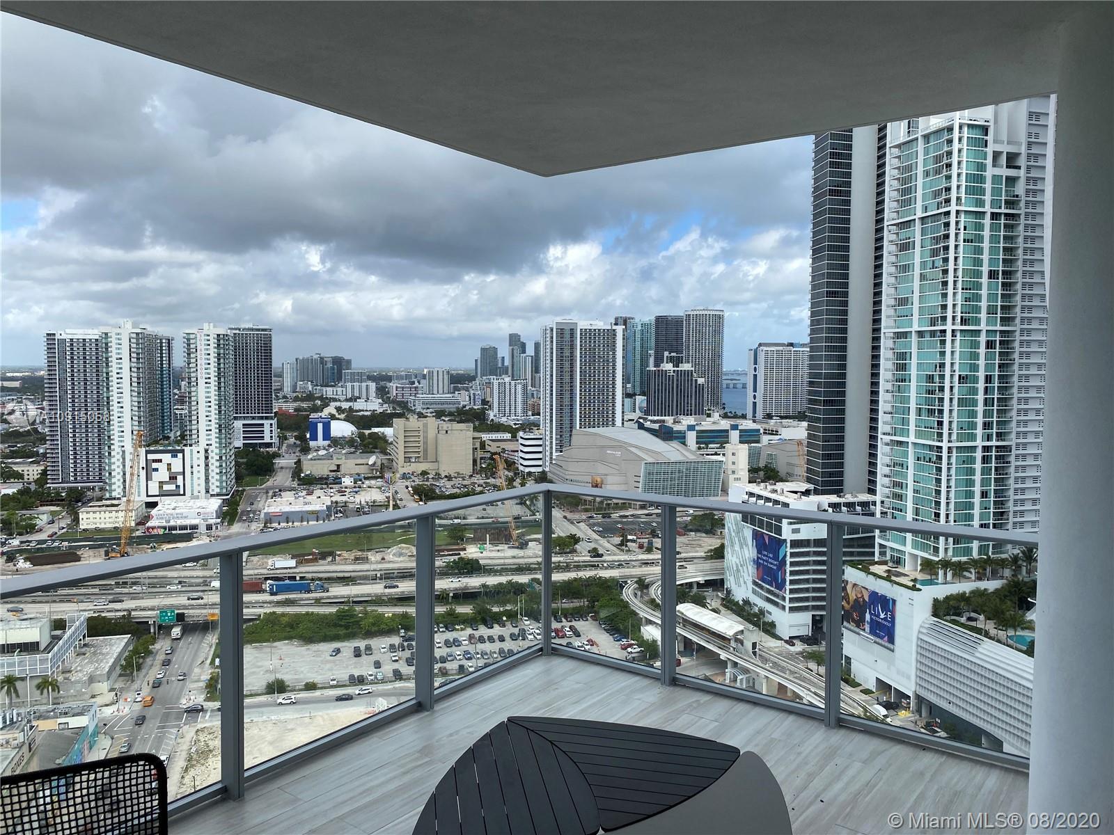 Paramount Miami Worldcenter #2501 photo03