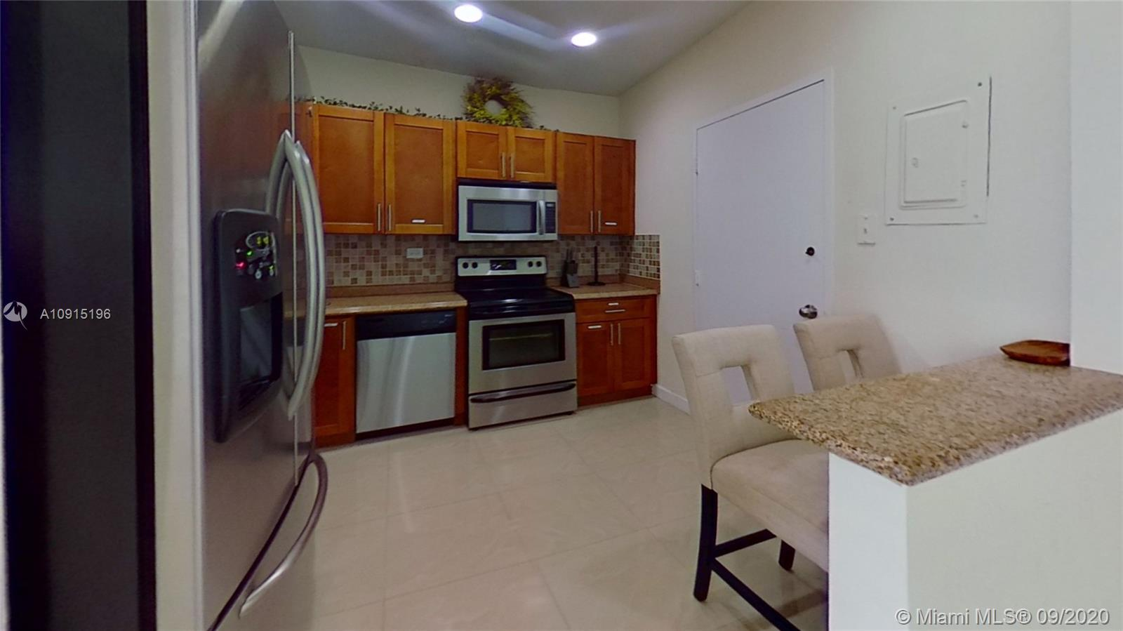 5601 Collins Ave #1714 photo08