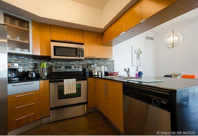 Photo of 1750 N Bayshore Dr #4501 listing for Sale