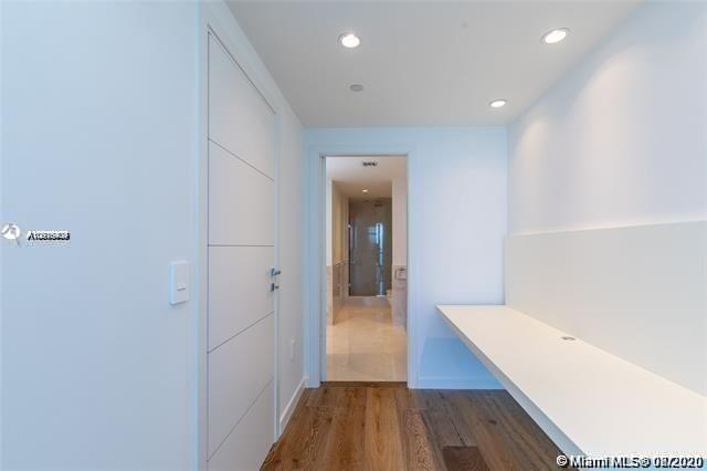 17121 Collins Ave #1507 photo028