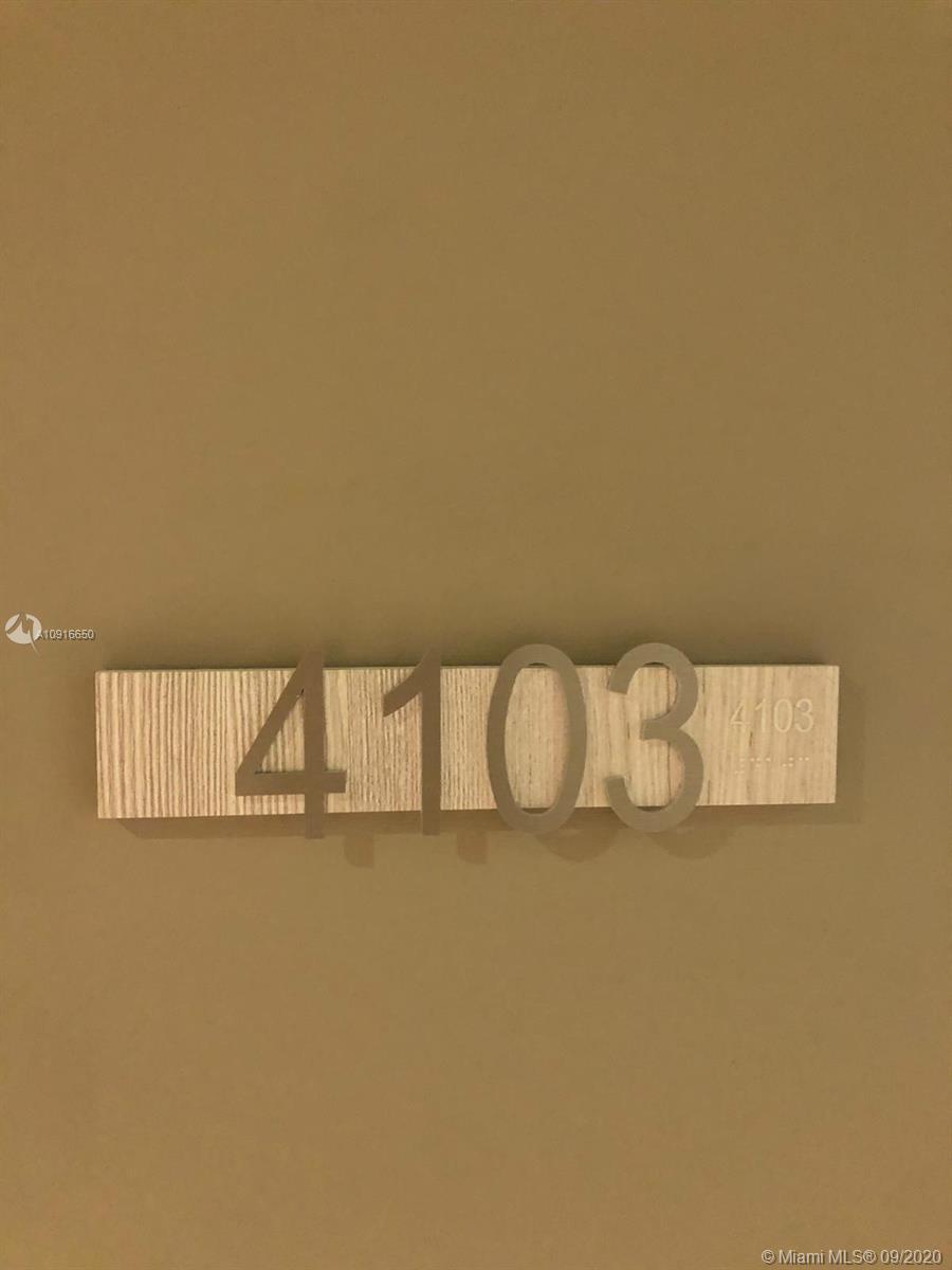 Brickell FlatIron #4103 photo06