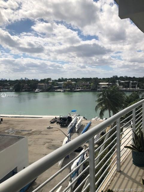 Regatta #403 - 6580 Indian Creek Dr #403, Miami Beach, FL 33141