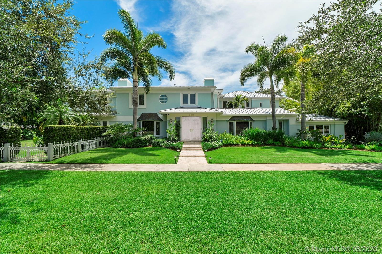 Photo of 620 NE 101st St # listing for Sale