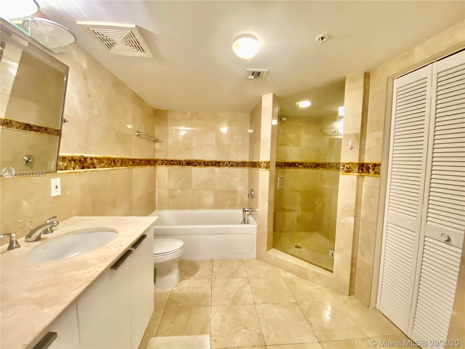 16699 Collins Ave #2510 photo022