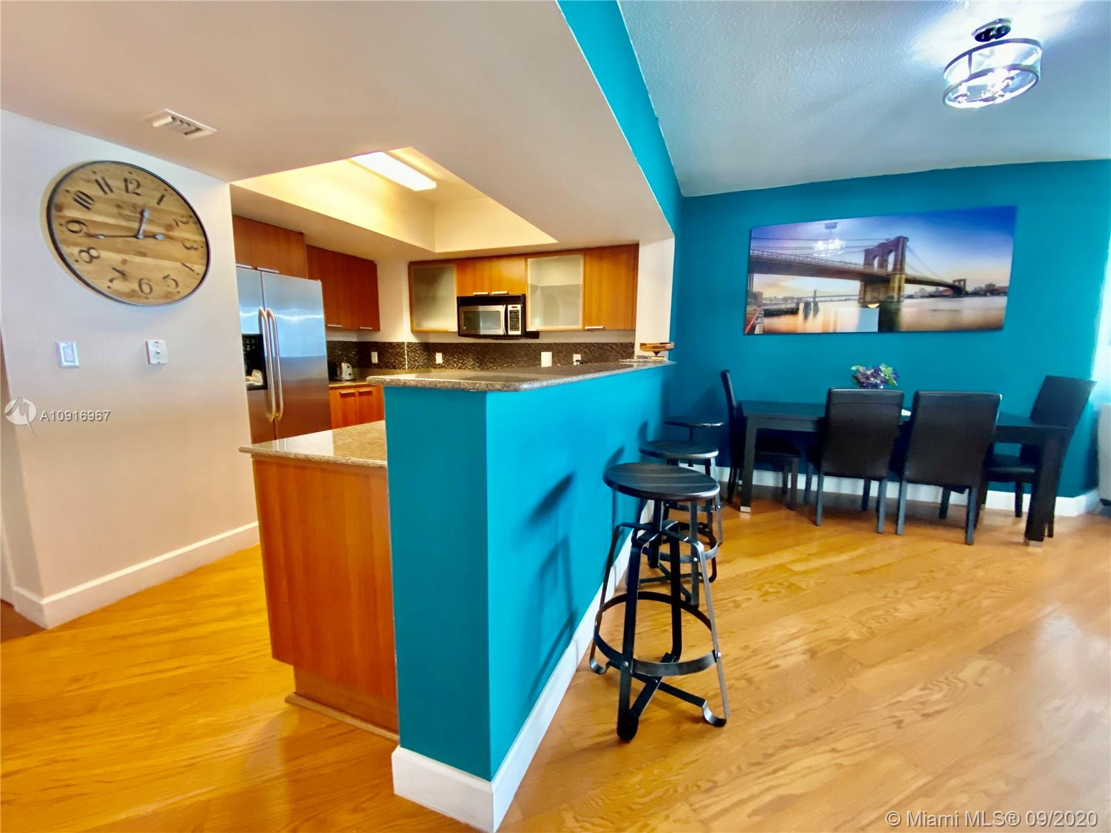 16699 Collins Ave #2510 photo07