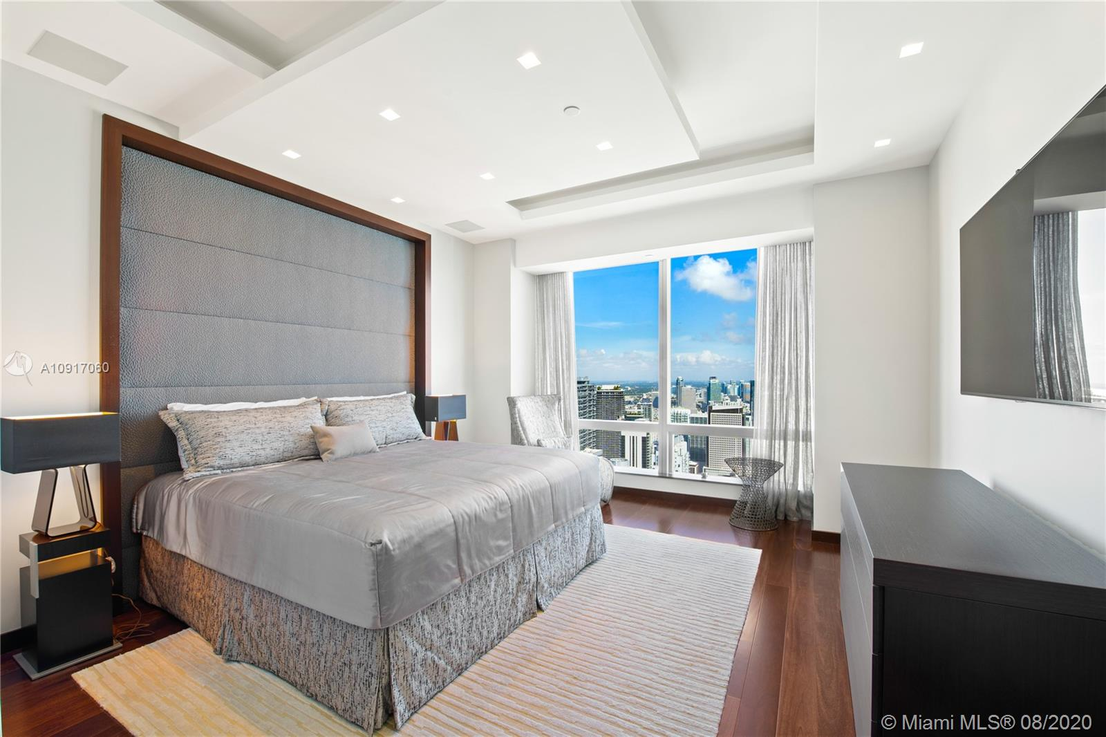 Photo of 1425 Brickell Ave #PH1 listing for Sale
