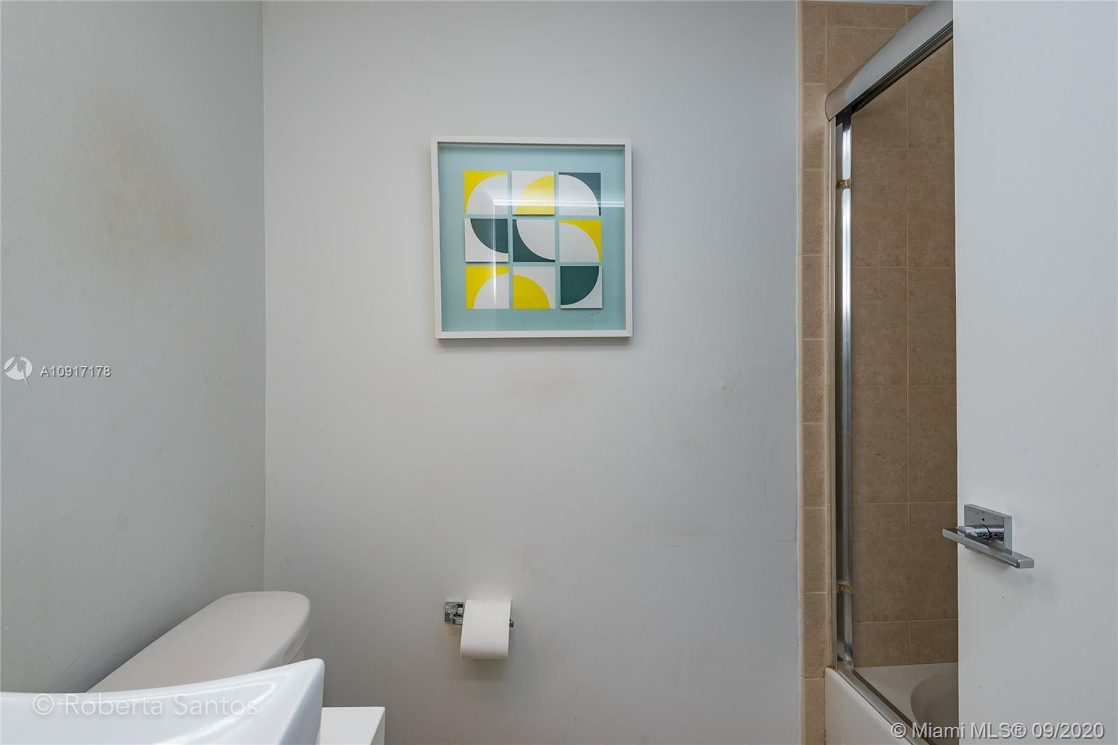 Photo of 3340 NE 190th St #409 listing for Sale