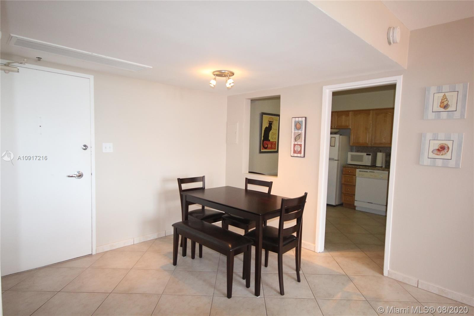 5161 Collins Ave #1110 photo02