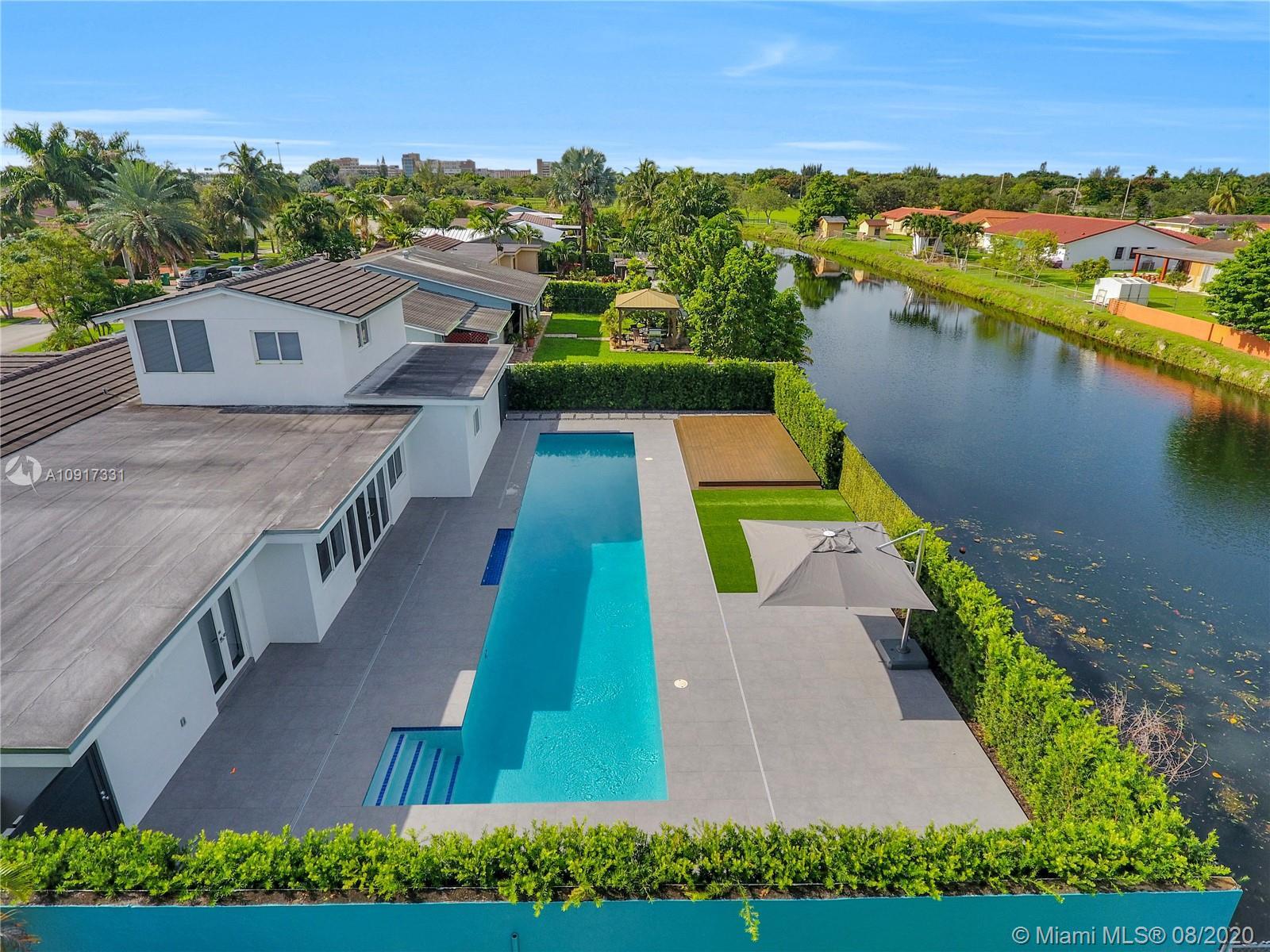 Southern Estates - 3112 Village Green Dr, Miami, FL 33175