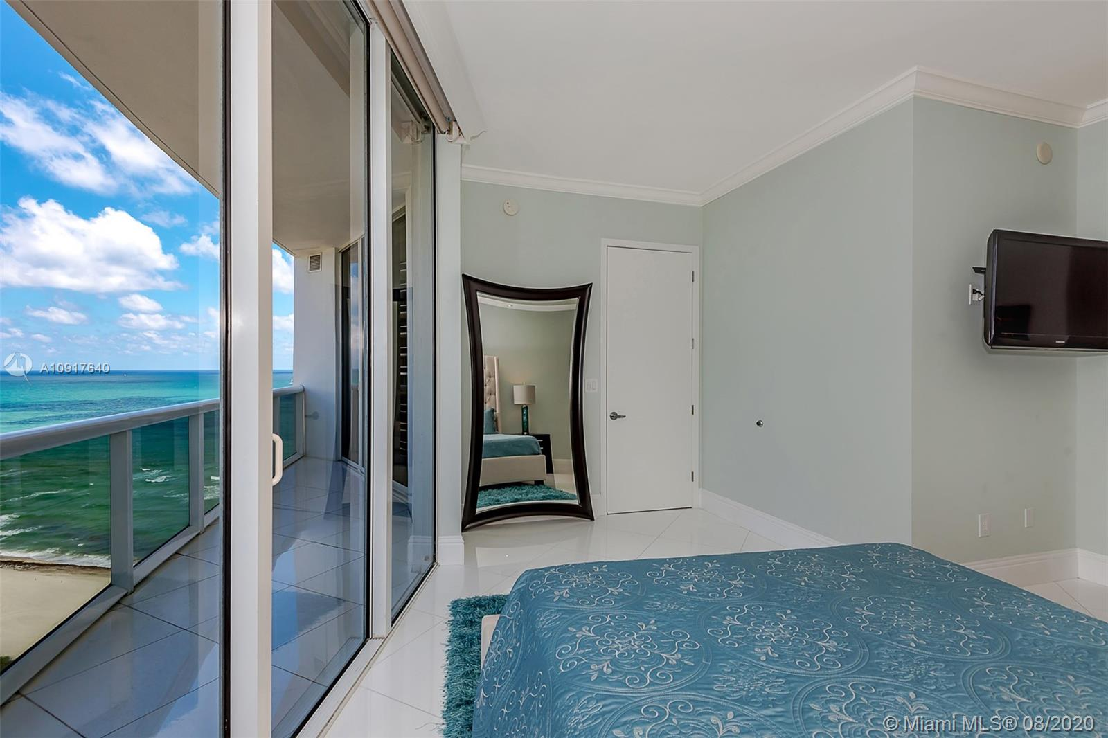 18101 Collins Ave #1906 photo017