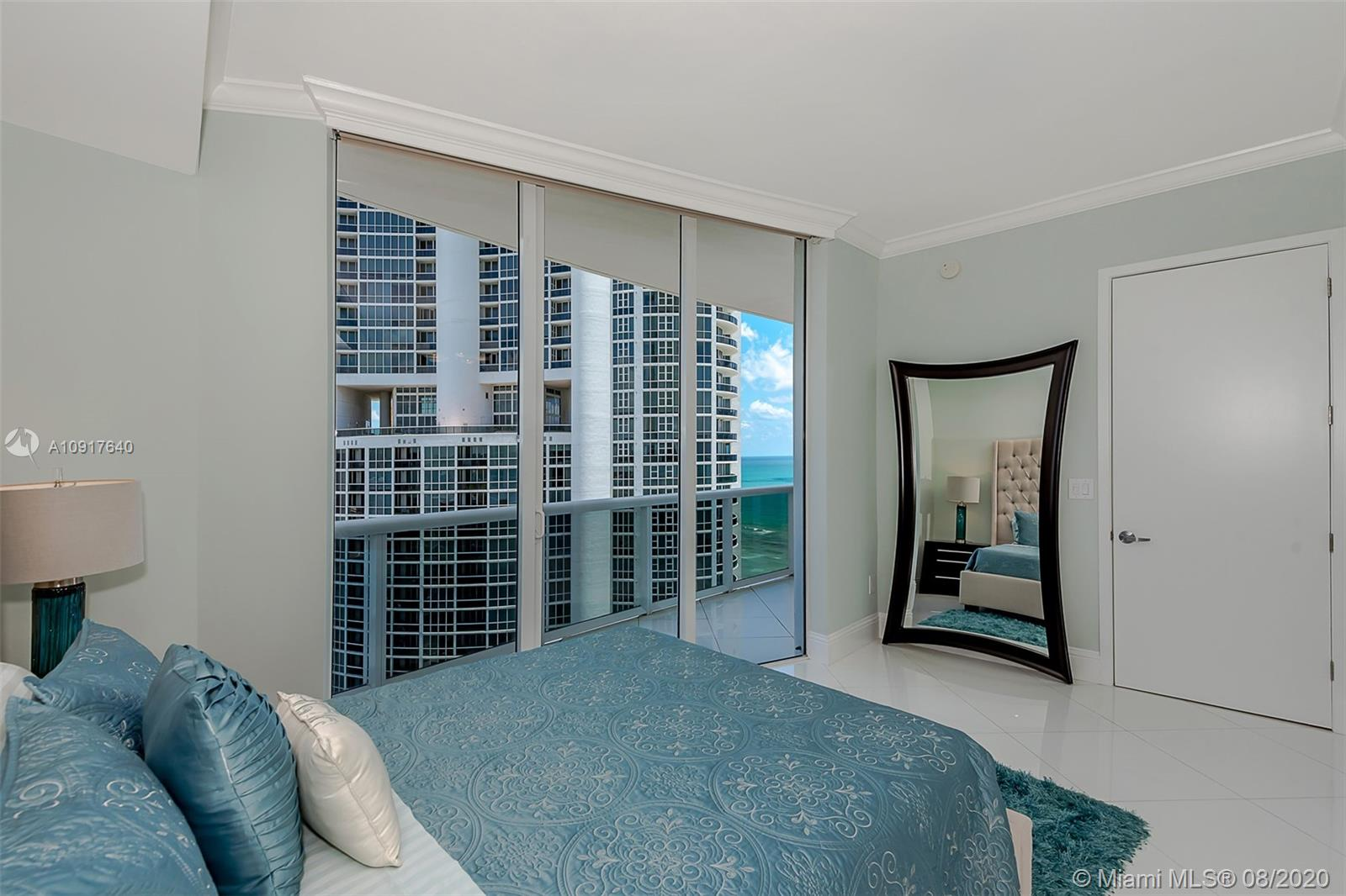 18101 Collins Ave #1906 photo016