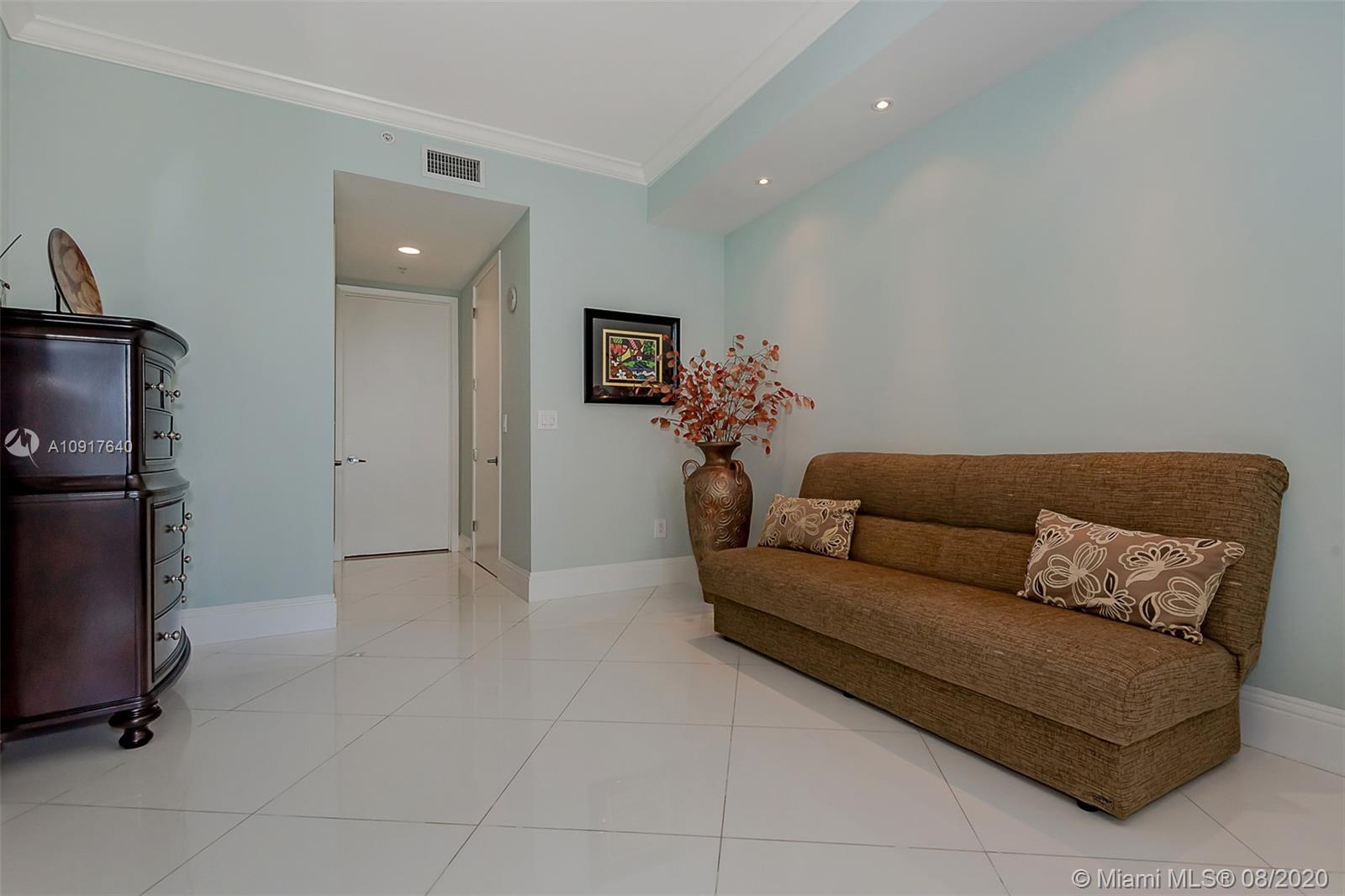 18101 Collins Ave #1906 photo019