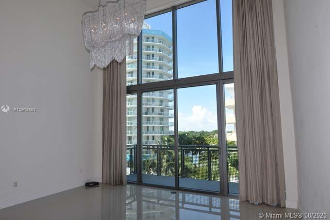 6000 Collins Ave #546 photo02
