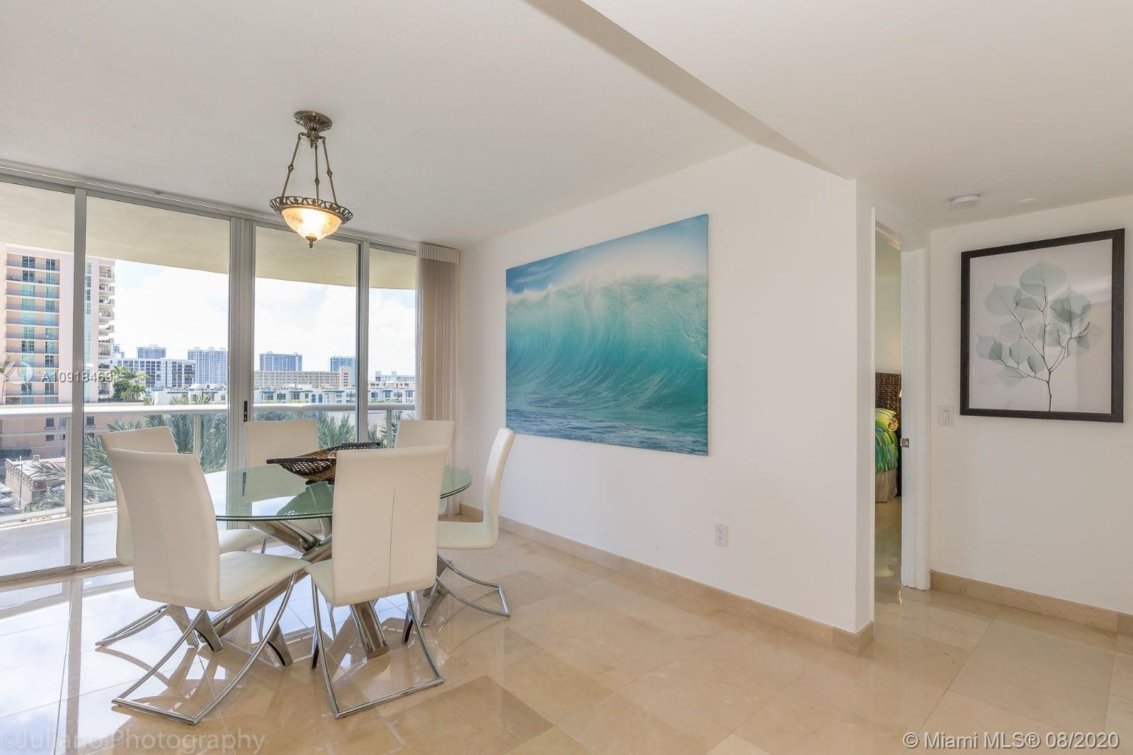17555 Collins Ave #604 photo03
