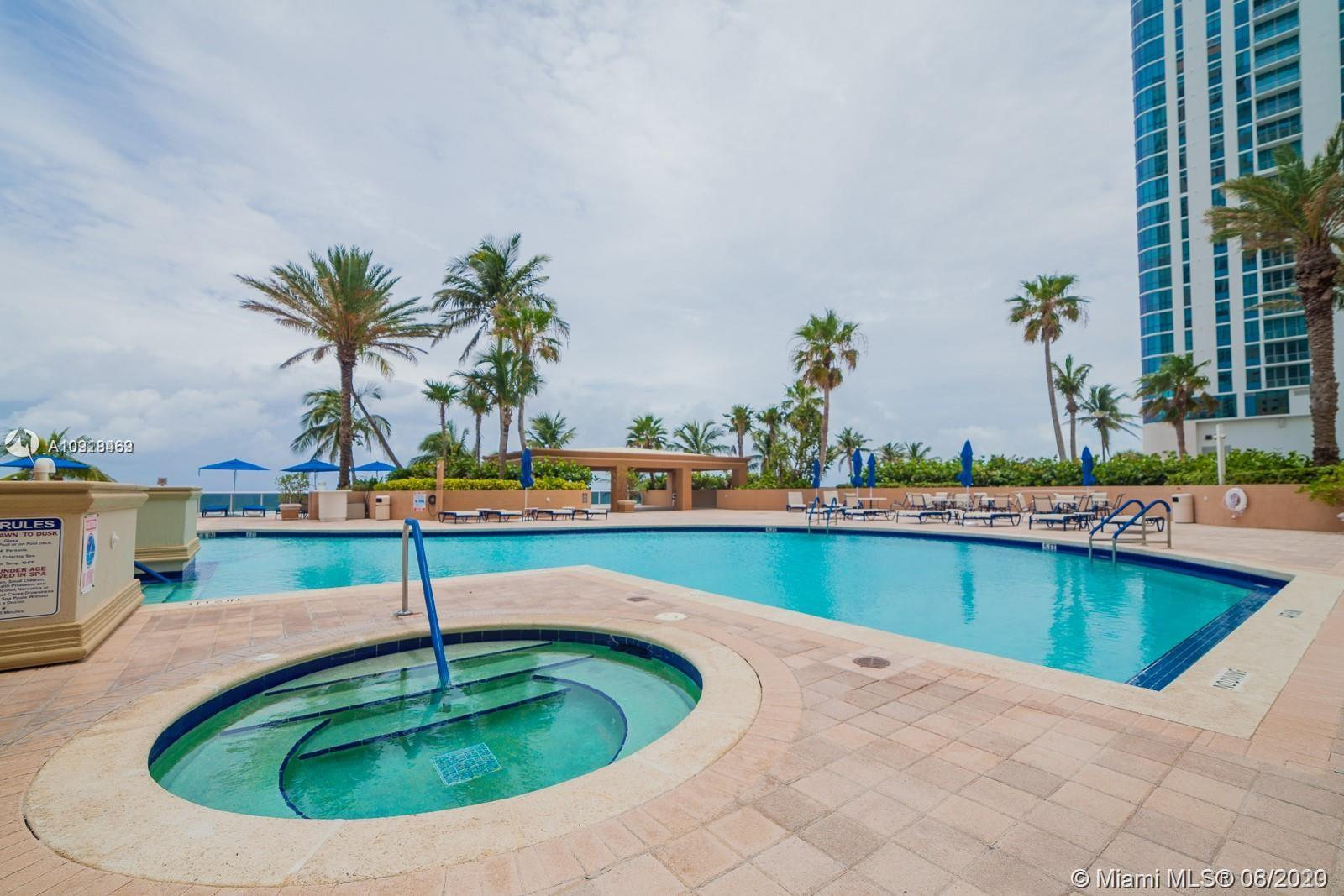 17555 Collins Ave #604 photo069