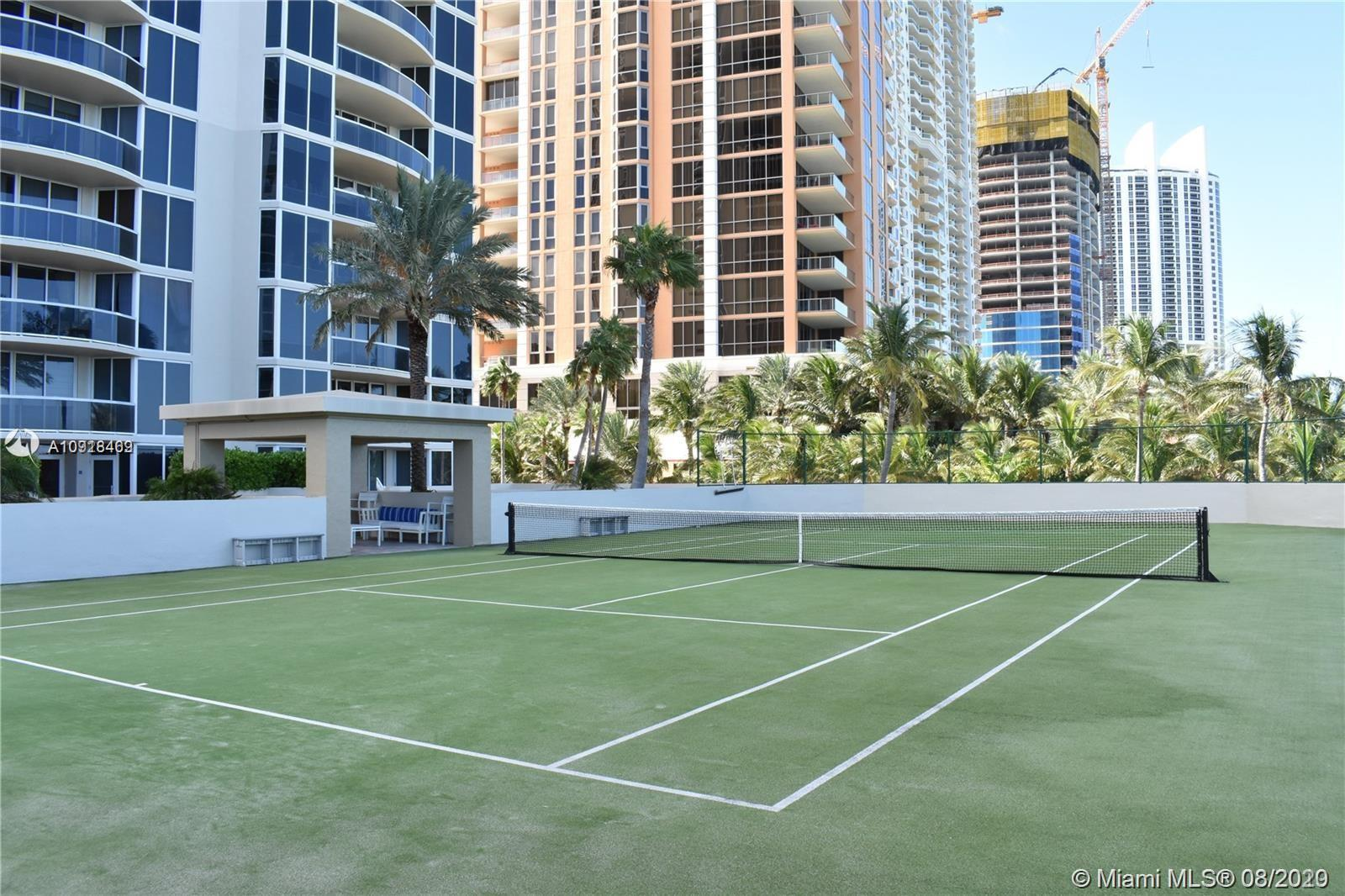 17555 Collins Ave #604 photo041