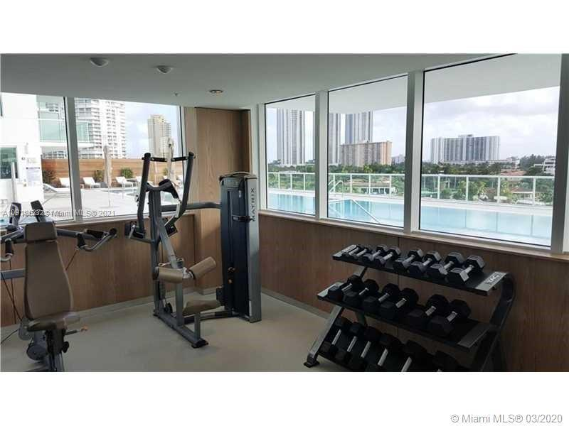 400 Sunny Isles Blvd #717 photo038