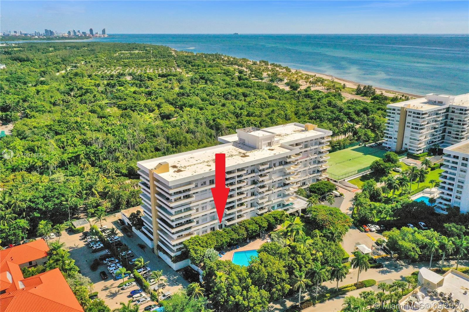 Commodore Club West #303 - 155 Ocean Lane Dr #303, Key Biscayne, FL 33149