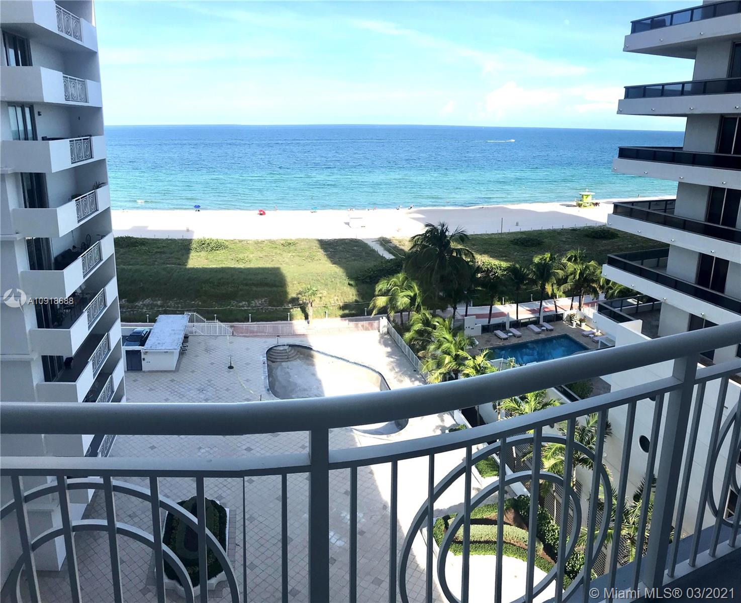 5825 Collins Ave #9K photo01