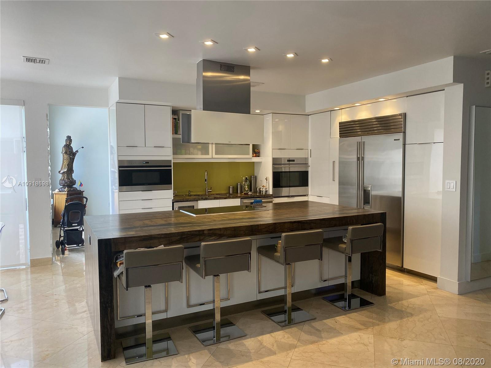 Doral Isles - 10974 NW 72nd Ter, Doral, FL 33178