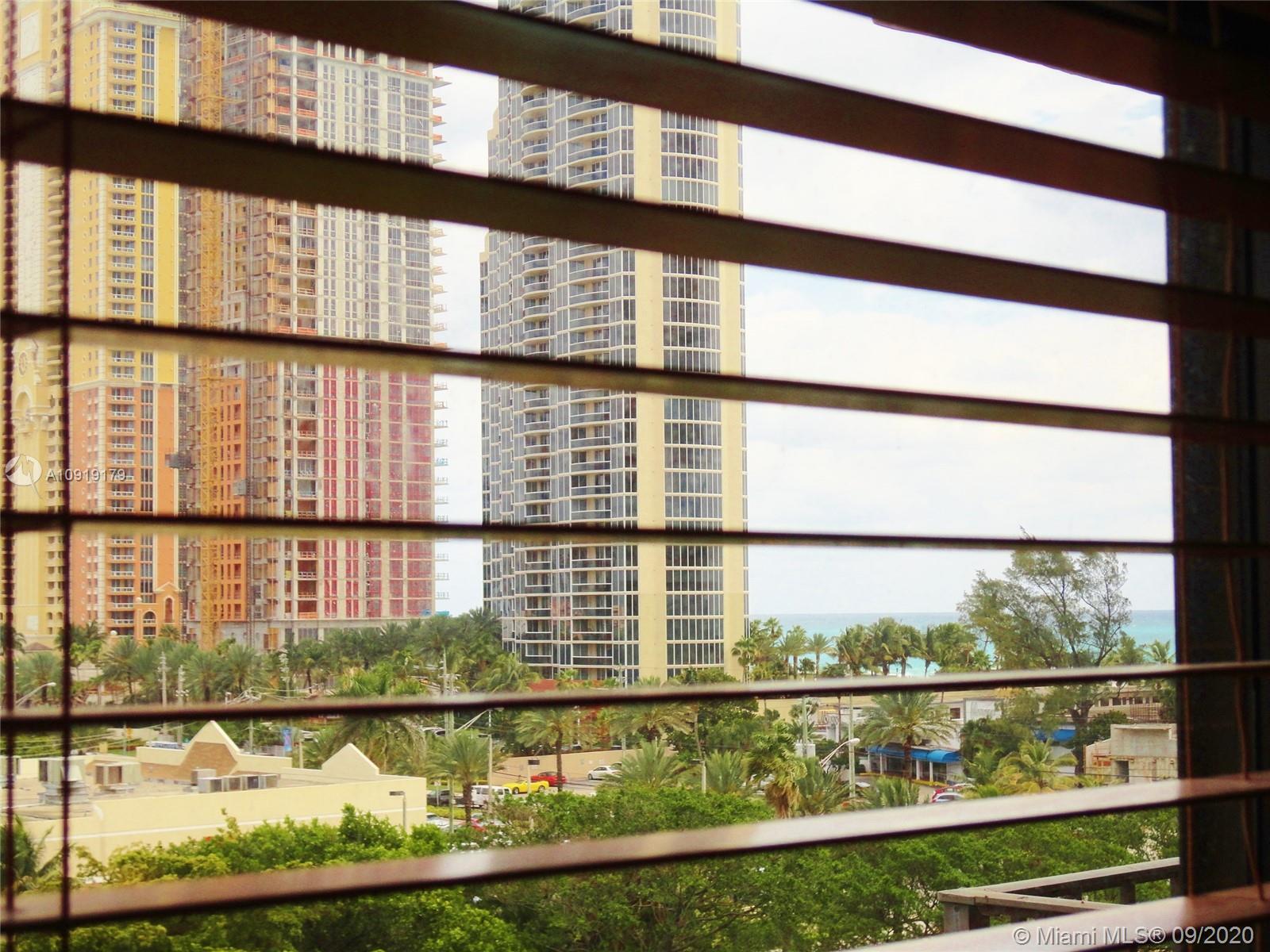 Winston Towers #716 photo19
