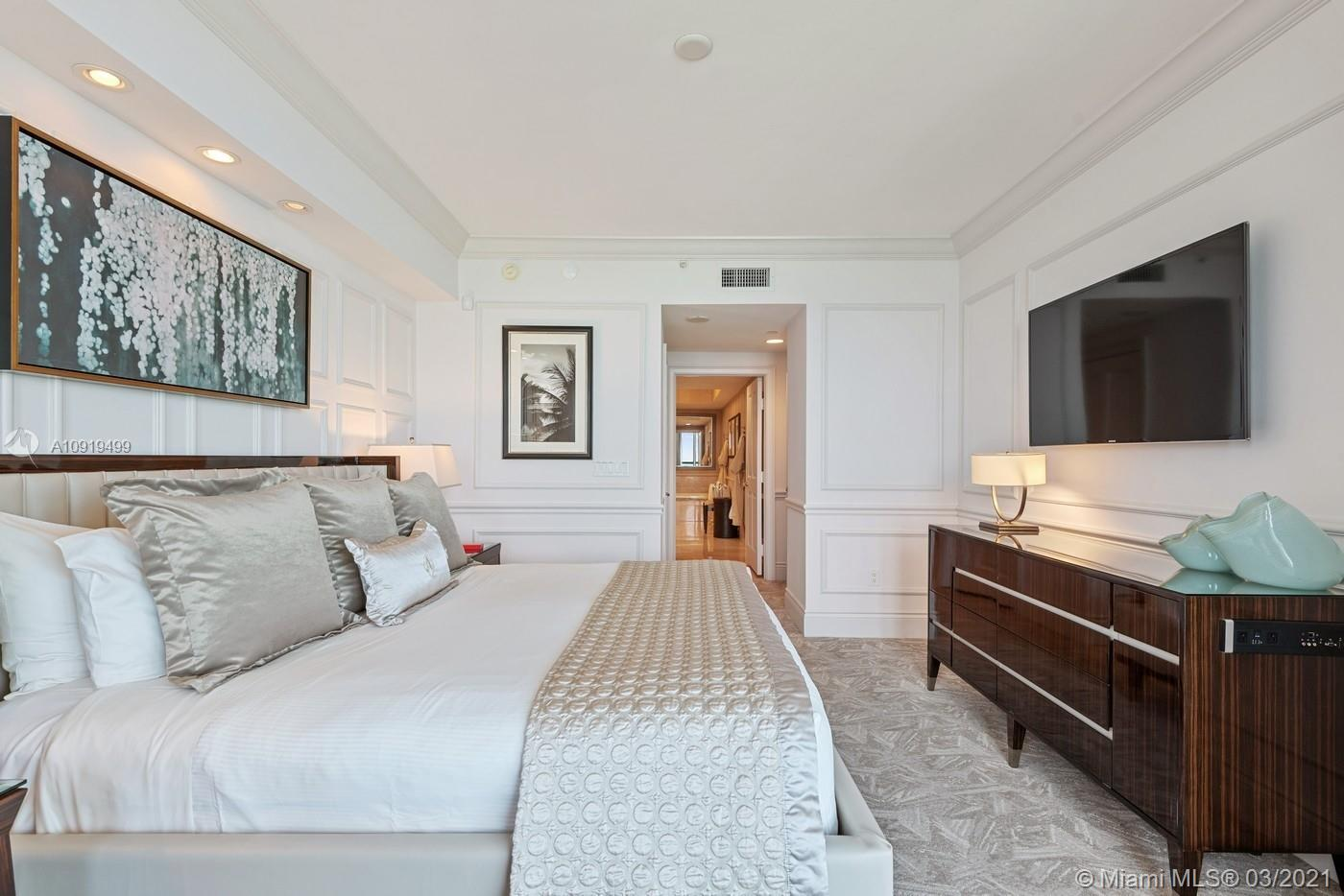 Photo of 17875 Collins Ave #1404 listing for Sale