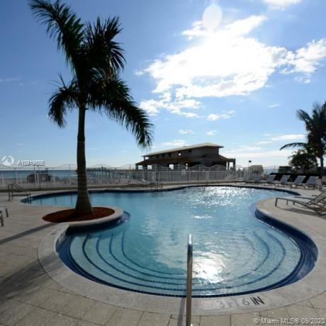 16699 Collins Ave #3101 photo031