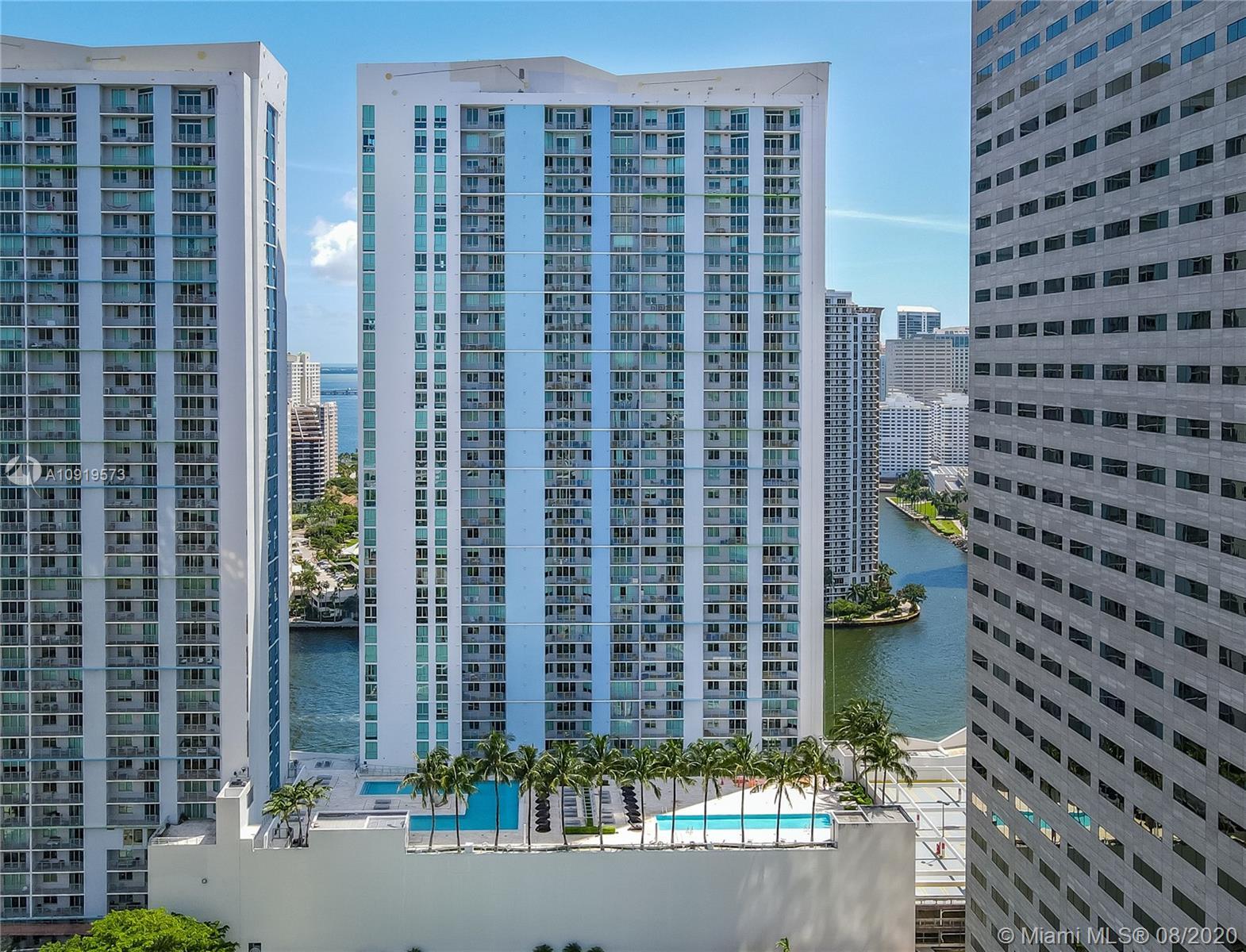 One Miami #3216 photo03
