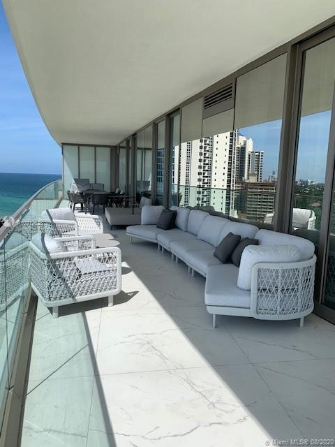 18975 Collins Ave #1005 *FURNISHED* photo023
