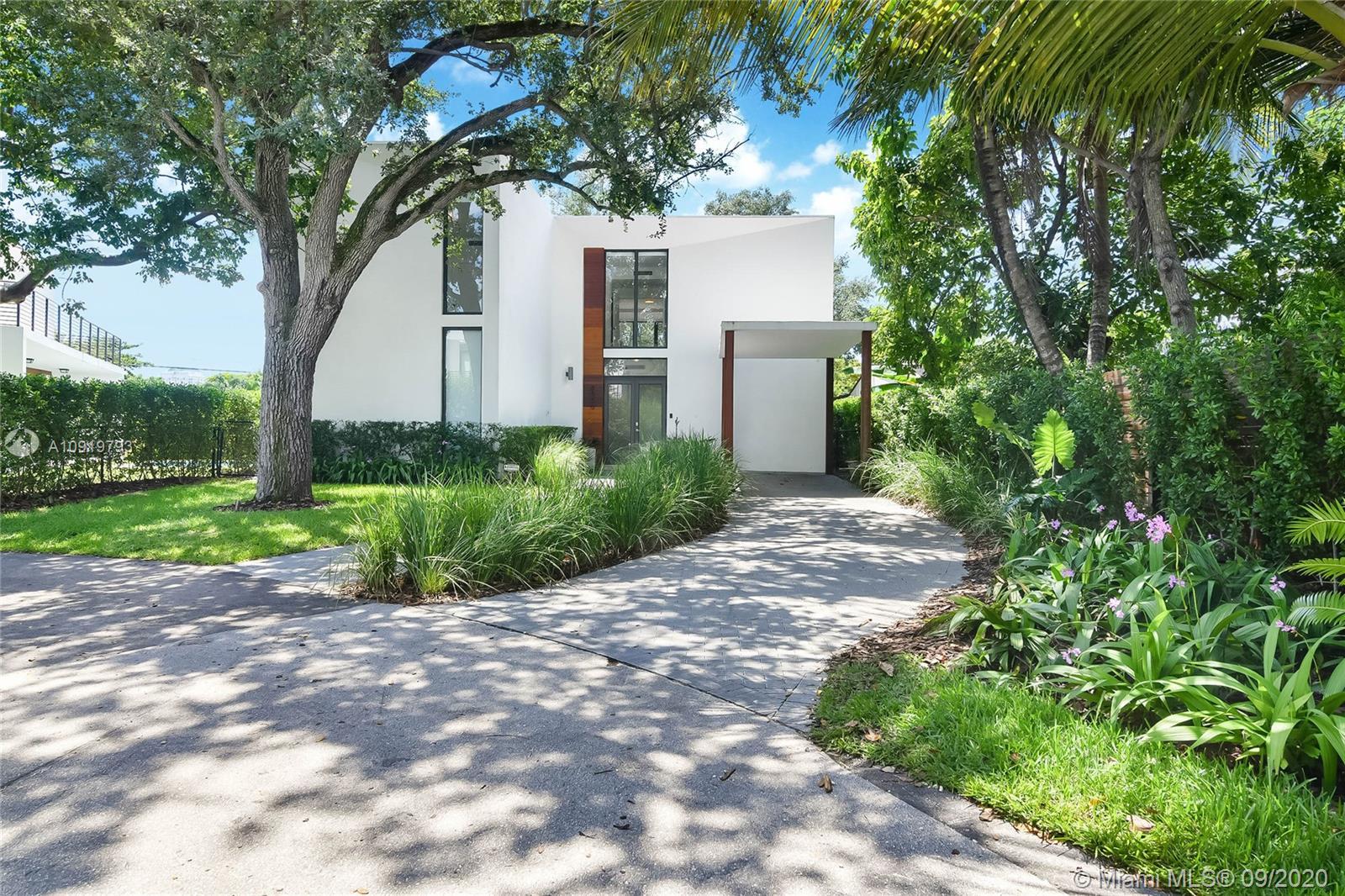 Shore Crest - 8550 Arboretum Ln, Miami, FL 33138