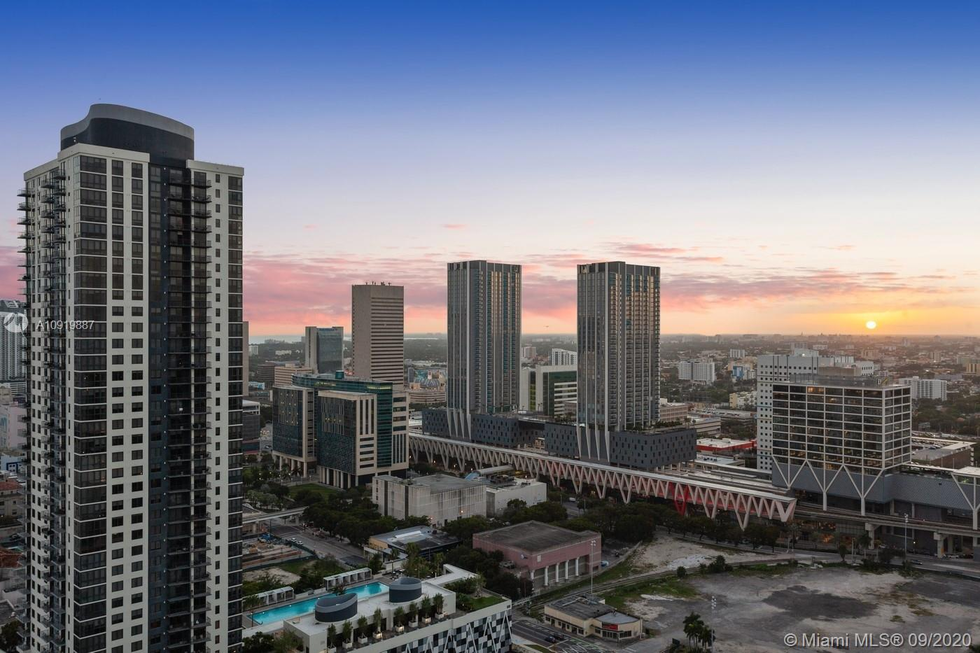 Paramount Miami Worldcenter #3010 photo17