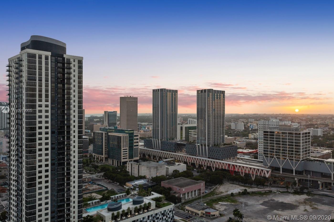 Paramount Miami Worldcenter #3010 photo29