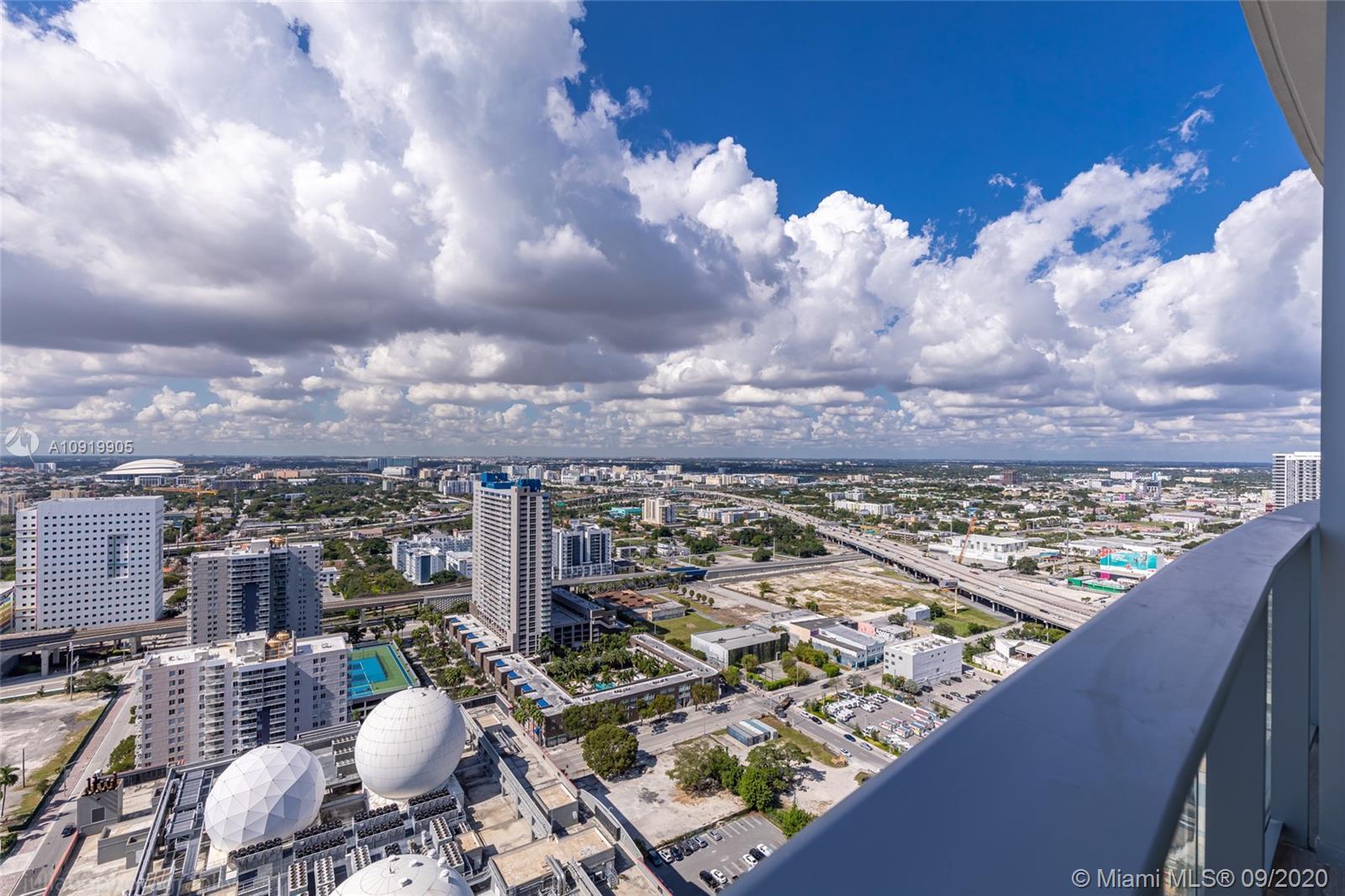 Paramount Miami Worldcenter #3010 photo08